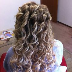 grad do and extensions. Extensions, June, Long Hair Styles, Beauty, Beleza, Long Hair Hairdos, Cosmetology, Sew In Hairstyles, Hair Extensions