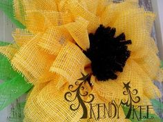 Yellow Paper Flower Tutorial by Trendy Tree