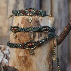 Macramé Set #anklet #bracelet #necklace #choker #olivegreen #makrame #makramee #makrameeschmuck #sommer #schmuck #bohojewelry #hippiejewelry #berlinfashion #nature #kette #Armband #fusskettchen #sonya6000 #sonyalpha6000 #madewithlove #madeinberlin #berlin #berlin365 #collection #micromacrame #macrameart #macramejewelry #handmade #handgemacht #handicraft