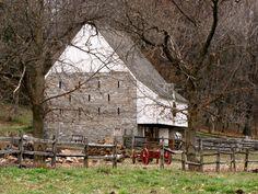 Landis Valley Farm Museum / Federal Style German Barn , Lancaster Pa