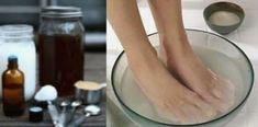 Vložte nohy do tejto zmesi na10 minút, je to úžasná metóda, ako sa môžete navždy zbaviť húb na nechtoch! Výsledky budú rýchlejšie, ako s akýmkoľvek liekom z lekárne   MegaZdravie.sk