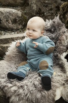 little_mountains_aw15_baby_knitwear