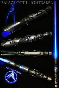 Like: metal pattern Hate: exposed crystal Star Wars Clones, Rpg Star Wars, Star Wars Fan Art, Star Wars Clone Wars, Star Trek, Lightsaber Design, Custom Lightsaber, Lightsaber Hilt, Star Wars