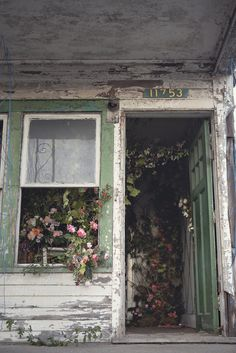 A Flower Farm Blooms From An Abandoned House In Detroit A whimsical idea for a floral installation turned into so much more. Abandoned Buildings, Abandoned Detroit, Abandoned Mansions, Old Buildings, Abandoned Places, Abandoned Farm Houses, Old Mansions, Abandoned Castles, Haunted Places