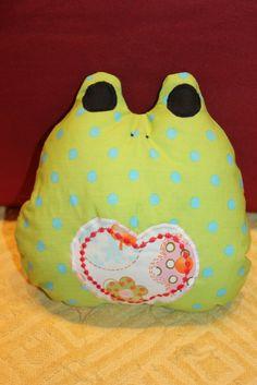 kleiner Frosch <3 Rid, Coin Purse, Purses, Facebook, Shop, Handmade, Stuffed Toys, Cuddling, Cats
