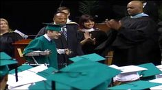 Wheelchair-bound student walks at graduation ceremony Amazing People, Good People, Happy Stories, Walks, Graduation, Encouragement, Student, Health, Health Care