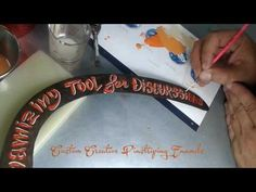 Lettering con esmaltes sobre hoz. Handwrite lettering on sickle. Air Custom Paint