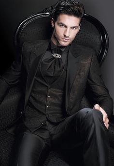 7125f47f10f9c62343d6b364edf3f1e3--vampire-fashion-lolita-fashion.jpg (236×341)
