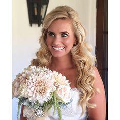 My gorgeous bride from this weekend! #ericandmegssayido #hummingbirdnestranch @hummingbirdnestranch #bride #VOGbride #bridalmakeup by VOG