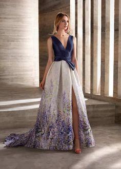 MG3029, Manu García Dressy Dresses, Nice Dresses, Dress Outfits, Fashion Dresses, Prom Dresses, Beautiful Evening Gowns, Beautiful Dresses, Evening Dresses, Robes D'occasion