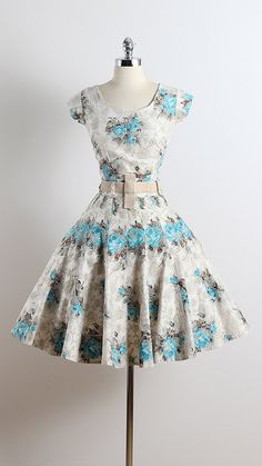 FLOCK TOGETHER ➳ vintage 1950s dress * cream floral flocked cotton * blue rose print * detachable velvet belt * metal zipper skirt & skirt condition |