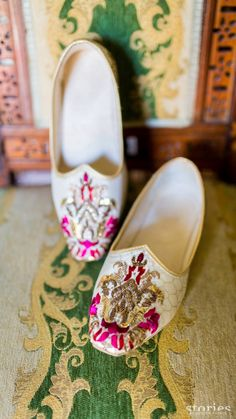 Indian Groom Wear - Cream Juttis with Hot Pink Embroidery | WedMeGood #wedmegood