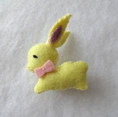 Retro style yellow bunny brooch - wool felt pin pinback - in stock and ready to ship