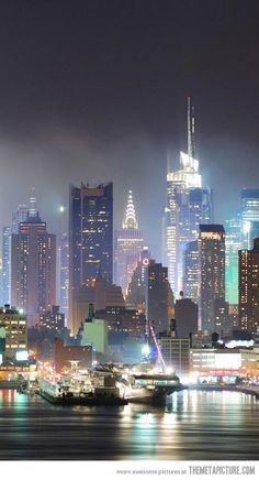 New York City looks way more awesome in the night…