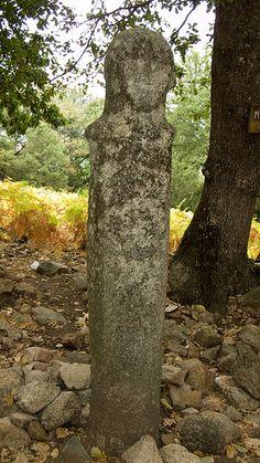 Statue-menhir de Tavera, deuxième millénaire avant notre ère. Tavera (Corse-du-sud)