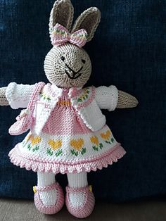 Knitted Dolls Free, Knitted Bunnies, Knitted Teddy Bear, Animal Knitting Patterns, Crochet Rug Patterns, Amigurumi Patterns, Knitted Toys Patterns, Rabbit Toys, Bunny Toys