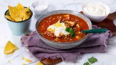 Mexisuppe - Oppskrift fra TINE Kjøkken Frisk, Thai Red Curry, Tin, Ethnic Recipes, Food, Dinners, Fume Hood, Dinner Parties, Pewter