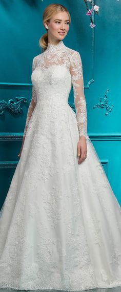Vintage Tulle & Lace High Collar A-line Wedding Dress With Lace Appliques