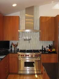 Where should the backsplash end relative to hood chimney / ceiling? Backsplash, Kitchen Remodel, Kitchen Cabinets, Ceiling, Home Decor, Ceilings, Decoration Home, Room Decor, Cabinets