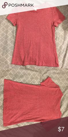 Forever 21 T-Shirt Forever 21 T-Shirt in red. Size small. Super soft! Only worn once Forever 21 Tops Tees - Short Sleeve