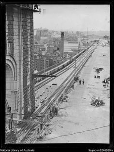 Sydney Harbour Bridge under construction from Milson's Point Railway Station,New South Wales, ca. 1926.Photo from National Library of Australia.A♥W