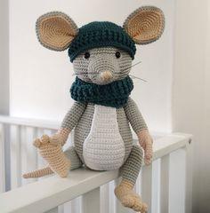 Crochet Mouse, Crochet Dolls, Crochet Hats, Amigurumi Patterns, Amigurumi Doll, Crochet Patterns, Handmade Baby, Handmade Toys, Crochet Humor