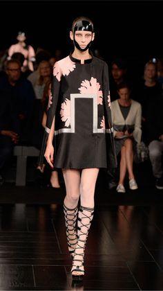 Alexander McQueen Spring/Summer 2015 womenswear collection