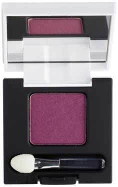 This line of ultra fine powder eye shadow from Diego Dalla Palma comes in full, bright, vibrant and luminous colors and offers anti aging effects. The innovative powder combines maximum color coverage with ease of application and excellent staying power for a long lasting, velvety look.