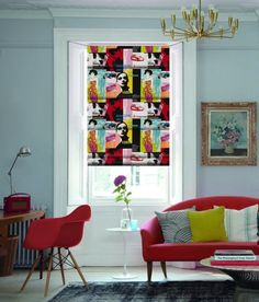 décoration intérieure Pop Art dans le salon avec un canapé rose