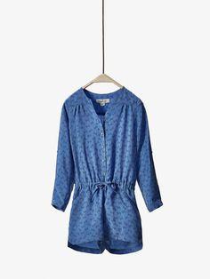 BLUE PRINTED JUMPSUIT de BOYS & GIRLS - Dresses & Skirts da Massimo Dutti de outono inverno 2016 por 39.95. Elegância natural!