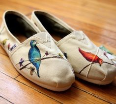Wouldn't it be beautiful to paint these on wedding wedges for dancing? Your dress wouldn't drag!
