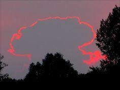 15 Phenomenal Photos from Around the World - Very special Sunset – Tegelen – Limburg, The Netherlands