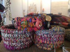 pulseras piedra natural y lanas handmade