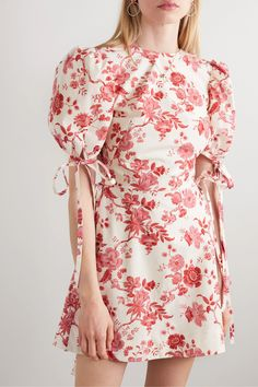 The Vampire's Wife - The Wrapsody Floral-print Cotton-poplin Wrap Mini Dress - Pink Floral Bridesmaid Dresses, Flowery Dresses, Cute Dresses, Casual Dresses, Fashion Dresses, Fall Floral Dress, Pink Dress Casual, Wrap Dresses, The Vampires Wife