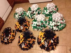 Material Marshall and WVU college wreaths