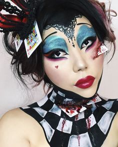 The Queen of Hearts from Alice in Wonderland. Halloween makeup featuring Velour Lashes by Mimi Choi. Halloween Alice In Wonderland, Alice In Wonderland Makeup, Sfx Makeup, Costume Makeup, Makeup Art, Halloween Looks, Halloween Face Makeup, Queen Of Hearts Makeup, Deer Makeup