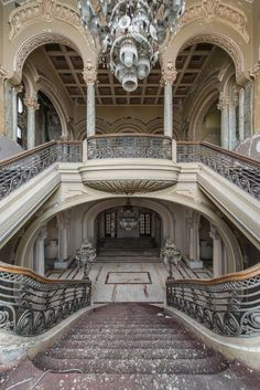Abandoned & Beautiful ~ The Constanta Casino | HonestlyWTF