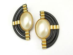 Vintage Statement Earrings White Faux Pearl Black by hawaiibeads2, $36.00