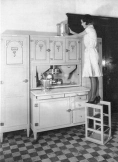 This is a true Hoosier cabinet produced by the Hoosier Manufacturing Co of New Castle, Indiana. The reason I tell you this is because a re. Antique Hoosier Cabinet, Antique Kitchen Cabinets, Old Kitchen, Kitchen Furniture, Vintage Kitchen, Kitchen Ideas, Kitchen Things, Vintage Hutch, Rustic Cabinets