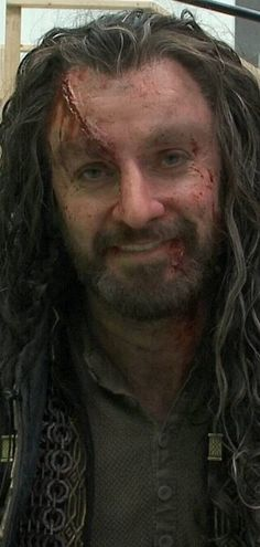 Richard Armitage as Thorin Oakenshield in The Hobbit Trilogy Behind The Scenes Lotr Trilogy, Lotr Cast, Hobbit Art, Hobbit Hole, Trevor Belmont, Francis Dolarhyde, John Thornton, Fili And Kili, The Hobbit Movies