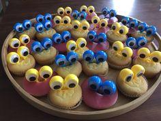 Mini Cupcakes, Treats, School, Desserts, Food, Sweet Like Candy, Tailgate Desserts, Goodies, Deserts