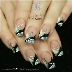 Black, White & Silver Nails with Crystals & dots...maybe for ring fingers and solid black for all others! Beautiful Nail Designs, Beautiful Nail Art, Gorgeous Nails, Fabulous Nails, Amazing Nails, Silver Nails, White Nails, Silver Glitter, Gold Nail