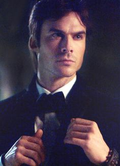 Ian Somerhalder: What Fans Should Know About The Vampire Diaries Star - Celebrities Female Serie The Vampire Diaries, Vampire Diaries The Originals, Ian Somerhalder, Boone Carlyle, Cw The Originals, Vampire Dairies, Married Men, Tv Actors, Damon Salvatore
