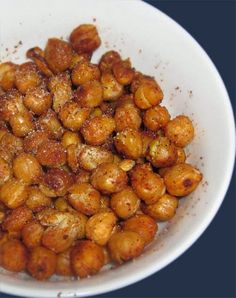 Simple and Healthy Roasted Chickpeas (aka Garbanzo Beans). Click for Recipe