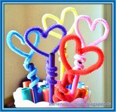 DIY Pipe Cleaner Pencil Toppers - Let It Shine: Practical and Pretty Hearts Imágenes efectivas que le proporcionamos sobre healt Una - Crafts For Kids To Make, Easy Diy Crafts, Diy Crafts Videos, Diy Craft Projects, Art For Kids, Valentines For Kids, Valentine Crafts, Market Day Ideas, Pipe Cleaner Crafts