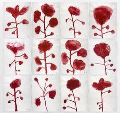 """Louise Bourgeois, """"Les Fleurs"""" / taches rouges / sang / menstrues / organes"""