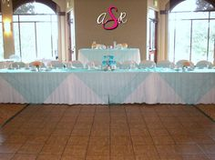 Here is a unique way to incorporate overlays into your head table design! #Wedding #Pink and Black