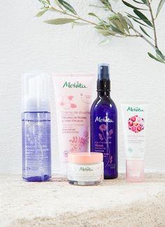 Melvita - Les louves  Brand Content sur Les nouveaux rituels de beauté Creme Anti Age, Shampoo, Personal Care, Content, Bottle, Beauty, Self Care, Personal Hygiene, Flask