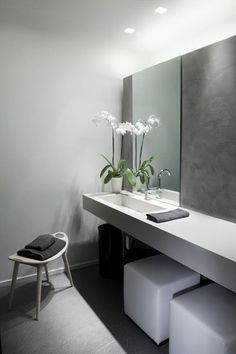 *modern bathroom design, minimal interiors*   | Rue du chat qui Pêche  | Where design meets motherhood