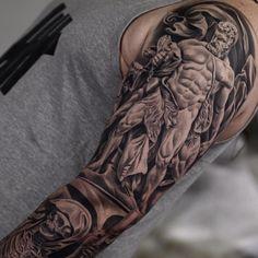 Close up... @monarcstudios  #juncha #blackandgrey #tattoo #monarcstudios